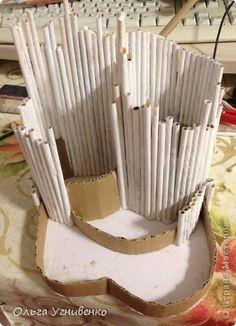 Поделка изделие Бумагопластика Подставка для нужных мелочей Трубочки бумажные фото 5