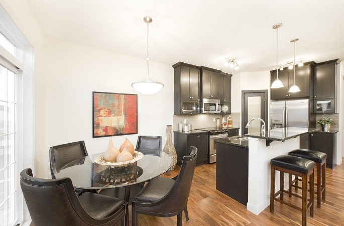 Newhaven in Ravenswood by Broadview Homes. Click here for more #decorating & #decor ideas: http://www.broadviewhomes.com/calgary/photo-gallery #kitchen