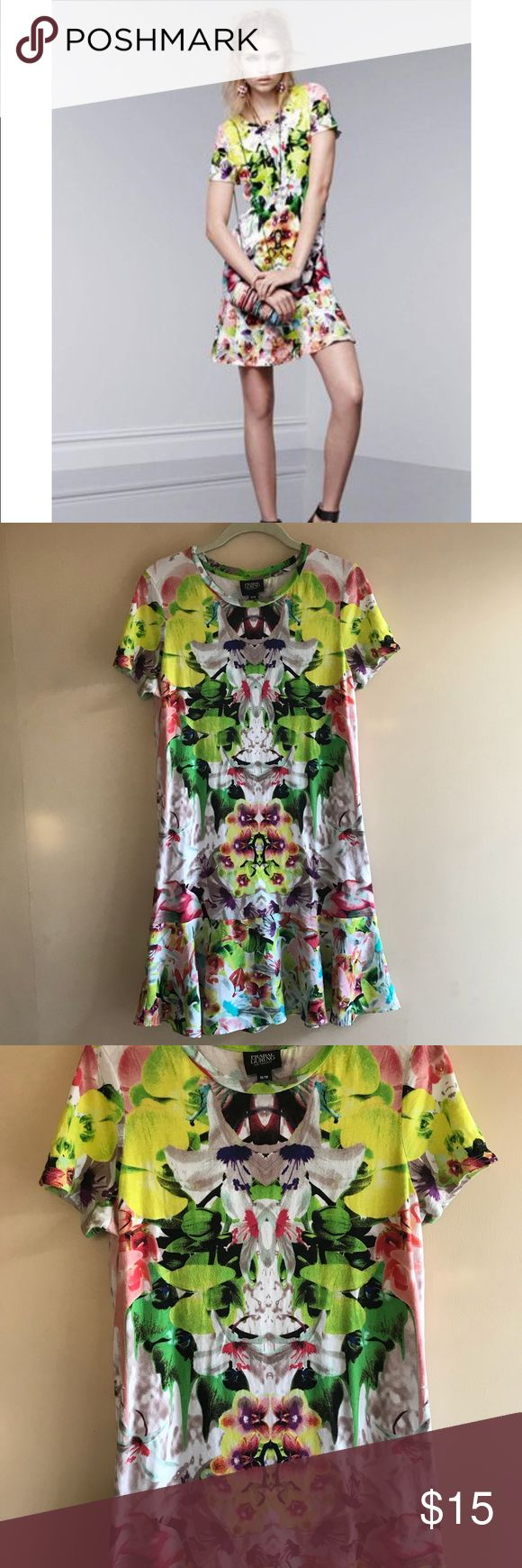 EUC Prabal Gurung Dress for Target sz M EUC Prabal Gurung Dress for Target sz M.  No flaws noted.   T-shirt like material on top and skirt is almost a chiffon material.   Very stretchy. Prabal Gurung for Target Dresses Midi