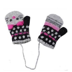 Grossiste en ligne de gants enfant, ventegros.fr est le grossiste d'accessoires pour enfant qu'il vous faut pour développer votre activité de vente de vêtements enfant, chaussures enfant ou accessoires de mode enfant. http://www.ventegros.fr/gants-enfant.htm