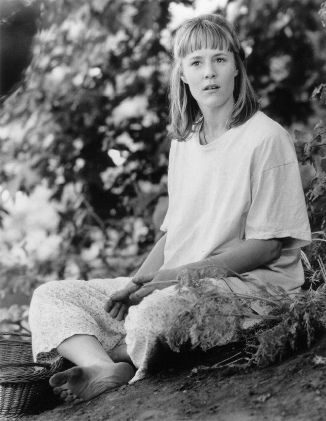 """Still of Mary Stuart Masterson in Benny & Joon___ """"except for being a little mentally ill, she's pretty normal""""-Sam"""