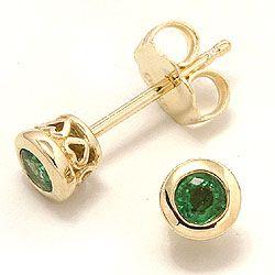 Smaragd ørestikker i 14 karat guld med smaragder