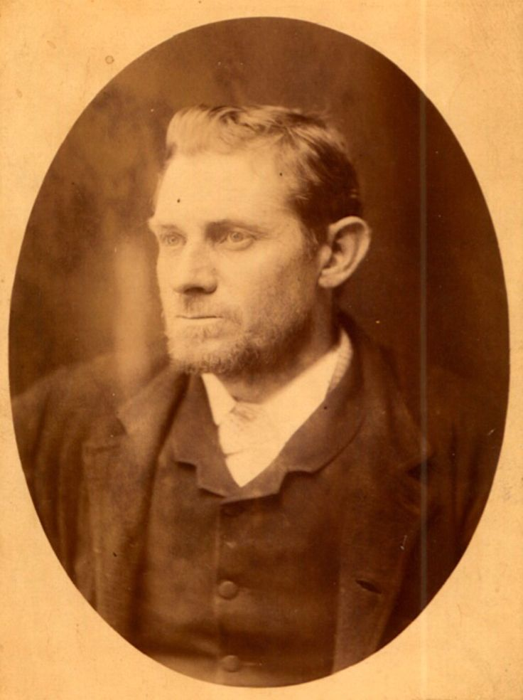 a history of jack the ripper a serial killer Science, web jack the ripper: dna expert maintains he has solved history's most notorious serial killer mystery.