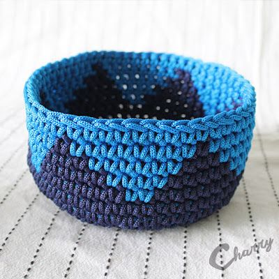 Charry Navy blue/blue crocheted basket paracord handmade haken