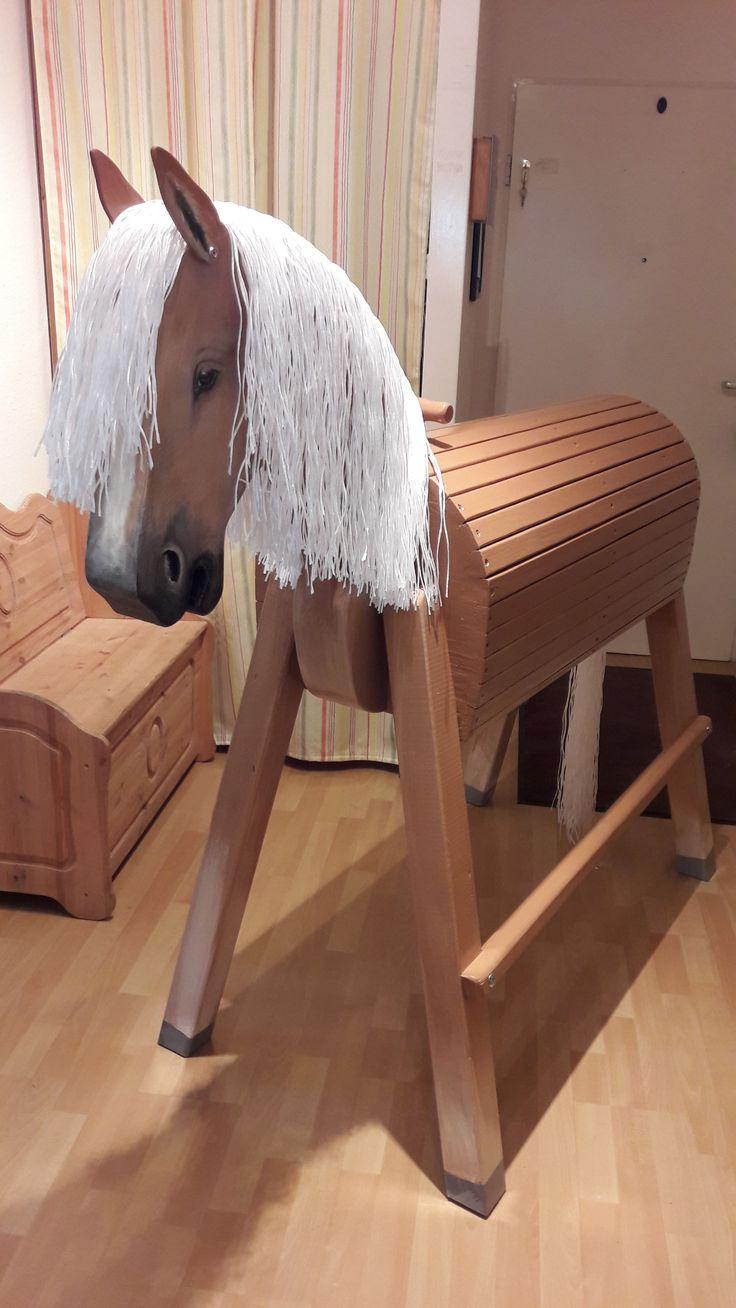 pin von quarka grapsch auf wooden horse  holzpferd