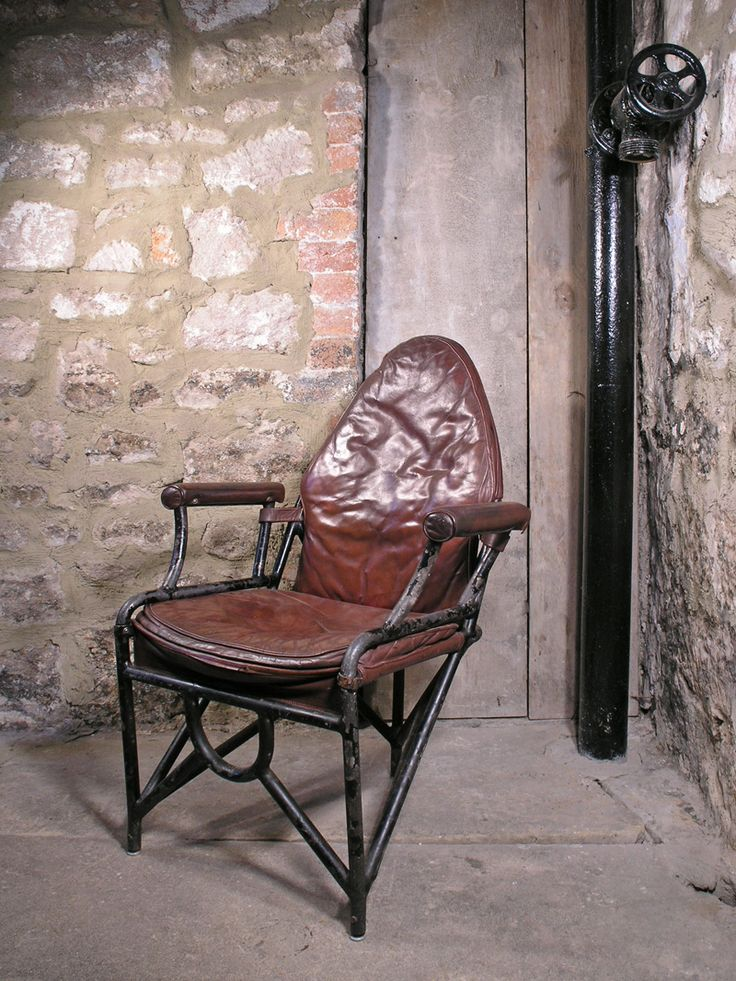 Ww2 Leather Officer S Aircraft Chair Www Midcenturyhome