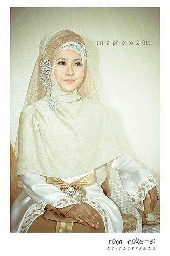 Raan make up. Indonesia bride