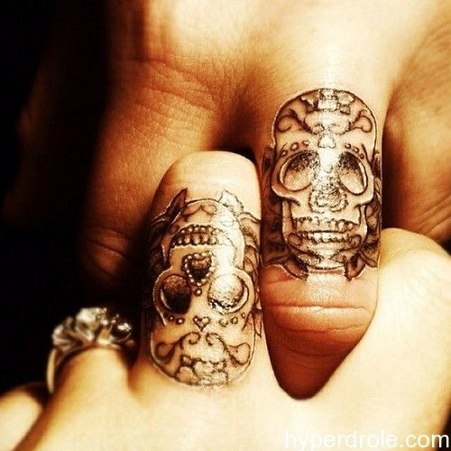 tatouage-tete-de-mort-514.jpg 500×500 pixels