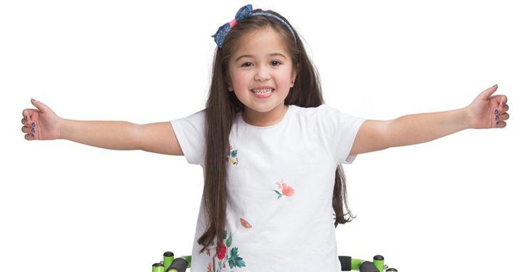 Tiene 7 años, es de Valparaíso y le diagnosticaron parálisis cerebral. Ella lucha a diario por superarse.