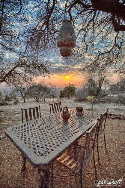 #kalkheuvel  sunrise in the bush