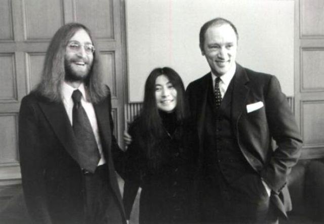 John Lennon, Yoko Ono,  Pierre Elliott Trudeau