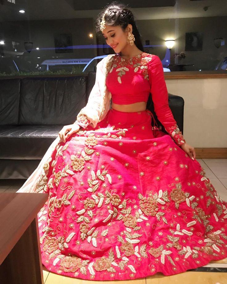 Mejores 43 imágenes de lehnga design en Pinterest   Vestidos indios ...