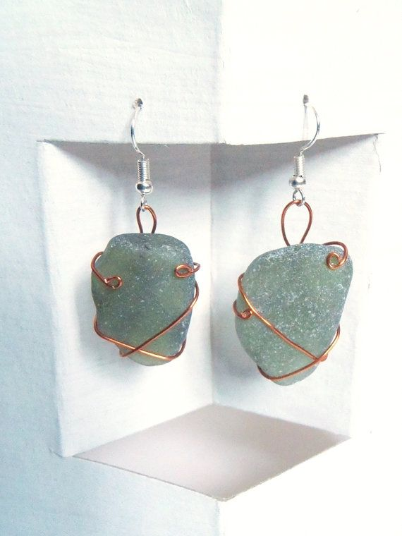 kelly green sea glass italian earrings dangle copper wire wrapped st patrick beach wedding birthday anniversary gift surfer lasoffittadiste