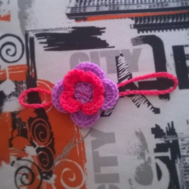 Κορδελιτσα για μικρή πριγκιπισσουλα.... #crochet #handmade #creations #headbands #baby #newborn #girly🎀 #girl #flower #hairaccesories #purple #fuchsia #mywork #metaxerakiamou #neraidodhmiourgies