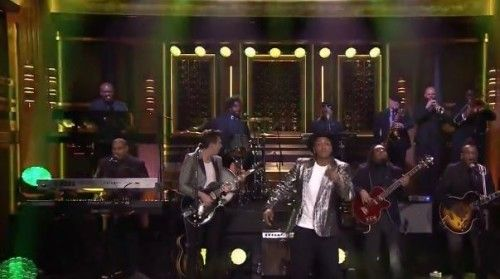 """Prev1 of 2Next Mark Ronson's single """"Upton Funk"""" featuring Bruno Mars hit the number 1 spot on the Billboard 200 this week. He keeps the momentum going with an appearance on Jimmy Falon's late night show as the musical guest. He performs his new single """"Feel Right"""" alongside Mystikal and backed by The Roots. Watch …"""