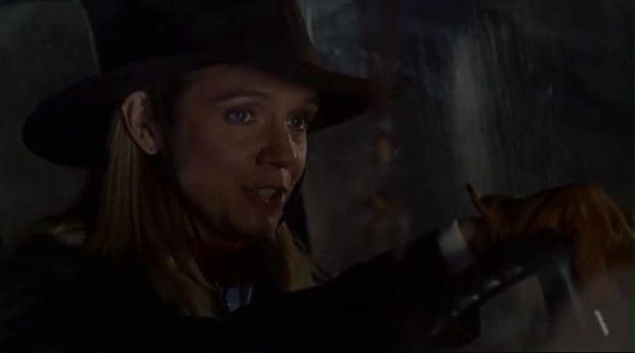 Marion Fleming (Lisa Langlois).