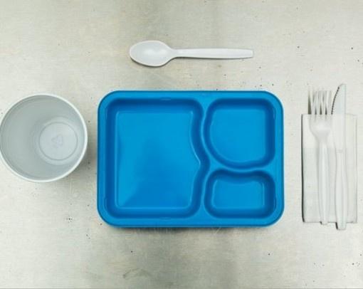 The Death Row Last Meal, una serie di still life che immortalano l'ultimo pasto di alcuni condannati a morte statunitensi. #HenryHargreaves  http://www.ziguline.com/last-meals-di-henry-hargreaves/