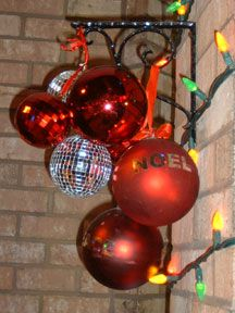 Nice Modern Outdoor Holiday Decorating