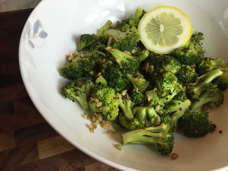 Let me just start by saying that I love broccoli. I have always loved broccoli, ever since I was a little kid who had no business thinking broccoli was something delicious. It's one of those veggies that's so good raw (dipped in something yummy or on its...