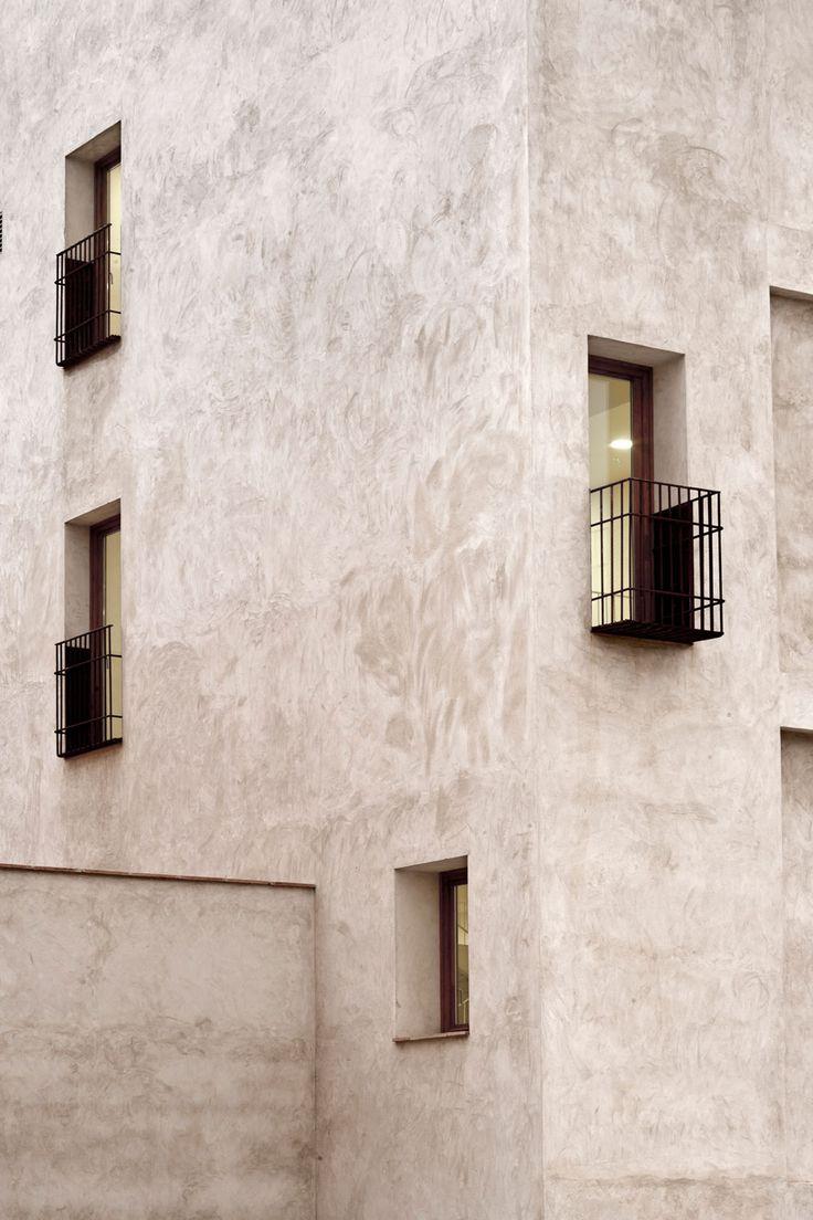 Reforma y rehabilitación de la antigua fábrica Can Miguell by Toni Gironés Saderra
