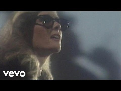 Kim Carnes - Bette Davis Eyes - YouTube. This was like my favorite song as a little girl.