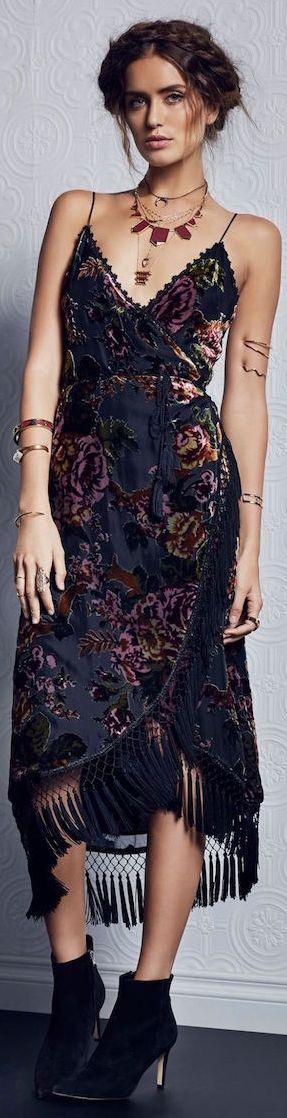 ╰☆ Chicas se visten muchas joyerías porque es una parte de la cultura . ╰☆╮