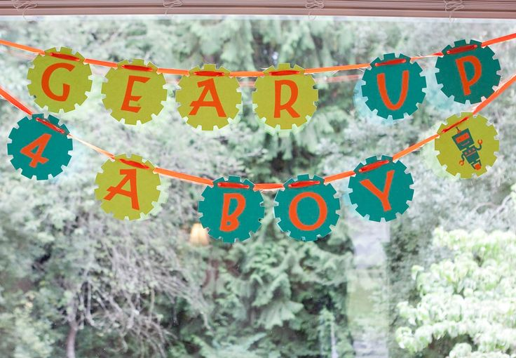 From Dahlias to Doxies: Robot Baby Shower Decor