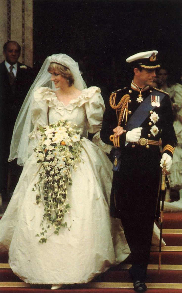 BRITISH WEDDINGS FROM THE PAST PRINCE CHARLES & LADY