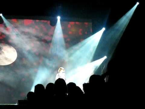 CRYSTAL CLEAR VOICE OF SUSAN BOYLE SINGING 2 SONGS ON BGT TOUR IN THE SECC, GLASGOW, IN 2009  BRITAINS GOT TALENT