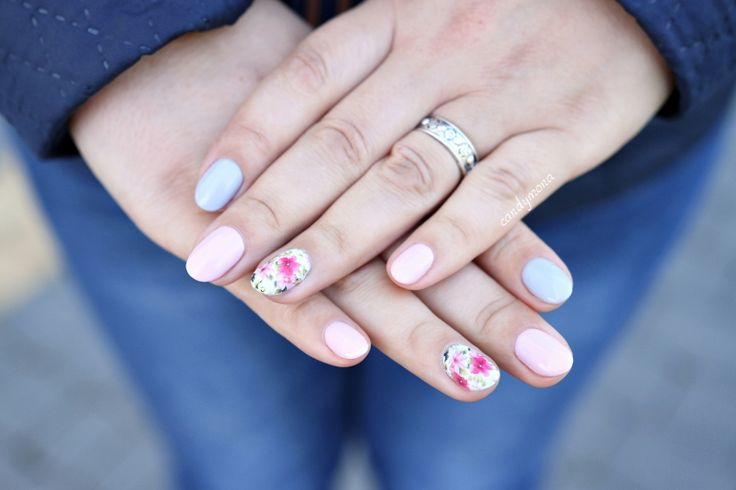 Victoria Vynn Pure Creamy Hybrid manicure  Pastel Pink and Gray Nails with flower water decals stickers , natural nails with hybrid Hybrydy pastelowe , paznokcie