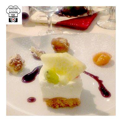 - Bocconcini di frutta secca accompagnati ai formaggi Pellissier - La Cheescake salata con biscotto ai pinoli tostati, crema di caprino, frutta fresca di stagione con lacrime di vin brulè in riduzione.