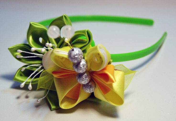 http://www.etsy.com/listing/167953933/kanzashi-headbands-set-of-2?ref=shop_home_active