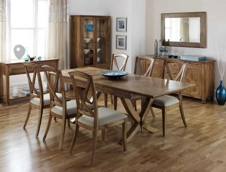 Mustique dining collection