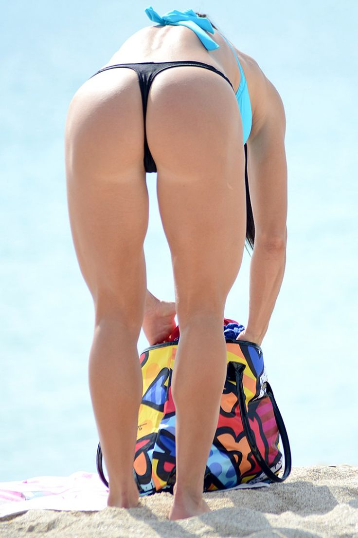 Michelle Lewin In A Thong Bikini At The Beach In Miami ...