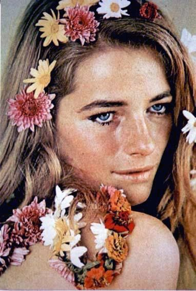 charlotte rampling: Hair Charlotte Rampling, Iconic Styles, Fashion Icons, Search, Style Icons, Flower Power, Flower Child