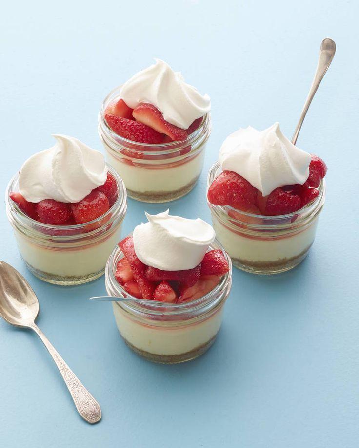 Mini Strawberry Cheesecakes!!