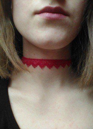 Kupuj mé předměty na #vinted http://www.vinted.cz/doplnky/nahrdelniky-and-privesky/14690451-choker-cerveny-krajkovy