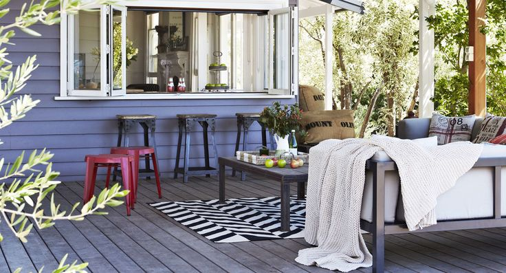 Cosy covered outdoor spaces