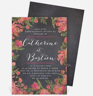 Pour un mariage des plus délicats, laissez-vous séduire par ce faire-part romantique entouré d'une élégante composition florale contrastée par un fond ardoise !