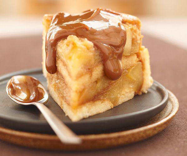 Dessert facile et gourmand ; Charlotte aux pommes et coulis de caramel