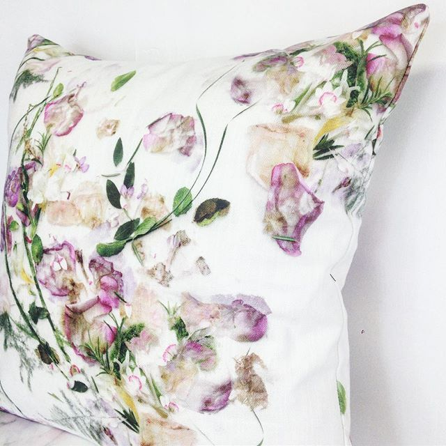 Thinking about preserving your wedding bouquet or flowers that mean something to you? We use your flowers to create a bespoke digital design that can be made into a product you can keep forever. This was one of our lovely customers beautiful bouquets made into a cushion! 🌷🌿💕 for more information visit our website www.sarahblythe.com/bespoke-services