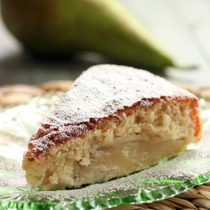 En saftig kaka med massor med kardemumma som gör att den både doftar och smakar underbart! Passar perfekt till kaffet!