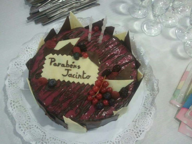 Chocolate and red fruits