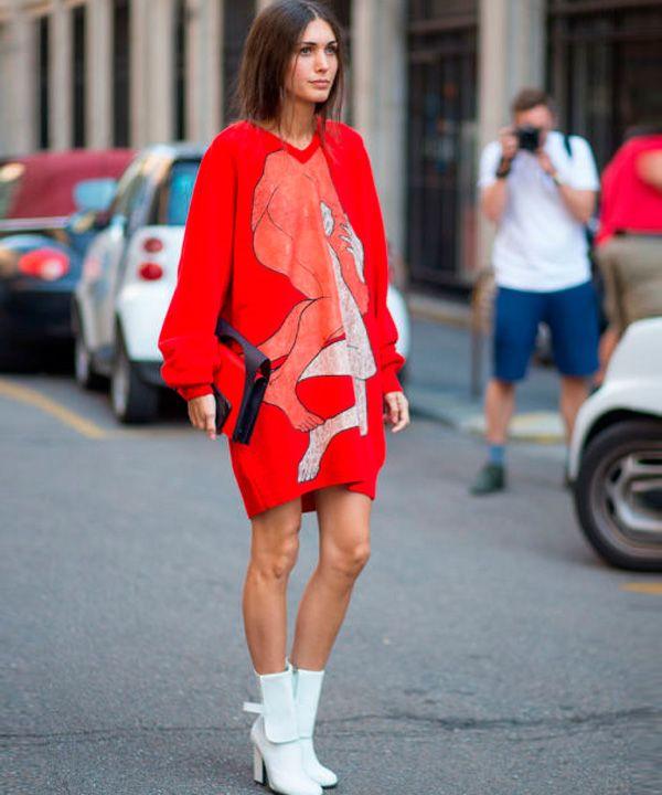 Look de Diletta Bonaiuti na Fashion Week de Milão.