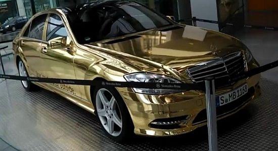WEB LUXO - Carros de Luxo: Mercedes S500 revestida de ouro é exposta em Stuttgart.