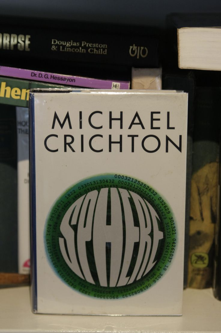 "Popular Fiction: ""Sphere"" by Michael Crichton 