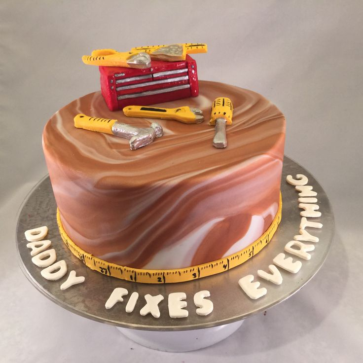 Best 25 Tool box cake ideas on Pinterest Tool cake Birthday