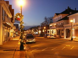 Celebrate the Holiday's this year in St. Andrews by-the-Sea NB an ideal seaside village - the perfect setting for a traditional small town Christmas