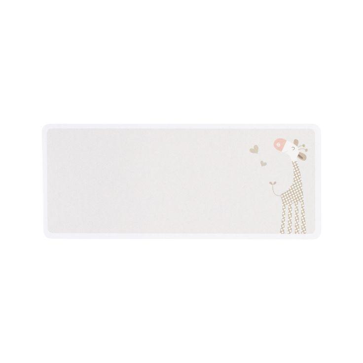 Ons assortiment adresetiketten voor de geboortekaartjes blinkt uit in kwaliteit en originaliteit. Op de etiketten vind je speelse motiefjes in vrolijke kleuren. De adreslabeltjes passen perfect bij de kleurrijke envelopjes die je kan kiezen bij je geboortekaartje. Een adresetiket maakt je envelopje echt uniek!