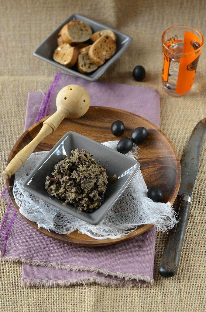 Tapenade maison d'olives noires - Recette spéciale apéro maison !